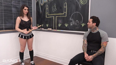 Trickery - Joseline Kelly Tricks Tattoo Dude Into Sex