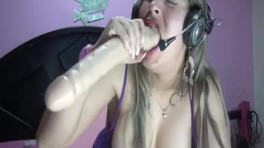 BRUTAL SLOPPY DILDO GAGGING DEEPTHROAT CAMWHORE